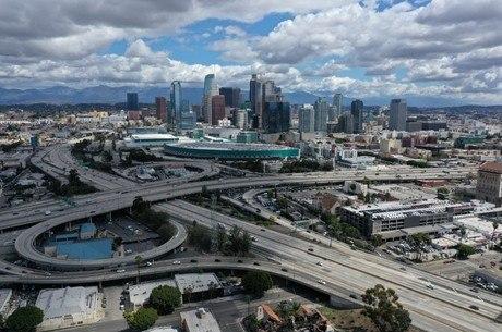 Casos de coronavírus dispararam em Los Angeles