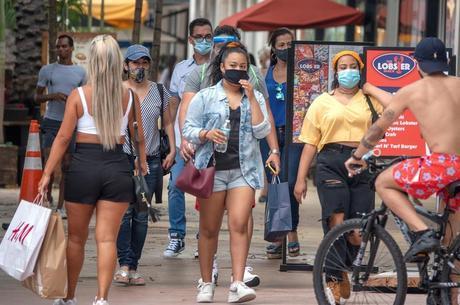 Pessoas flagradas sem máscara serão multadas em BH