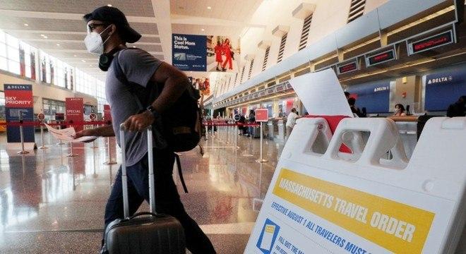 Medida pode barrar cidadãos dos EUA nos aeroportos do país