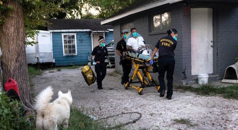 País mais atingido do mundo, os EUA já registraram mais de 38.5 milhões de casos de covid