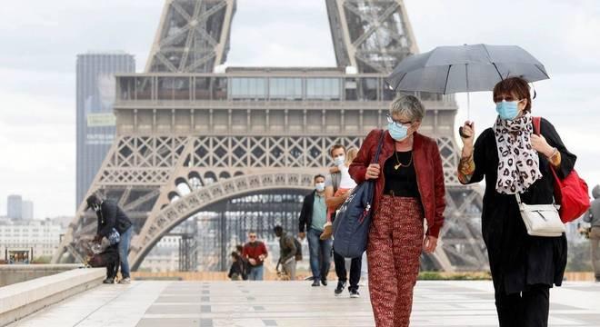 Grandes centros urbanos europeus voltam a endurecer medidas de contenção do vírus