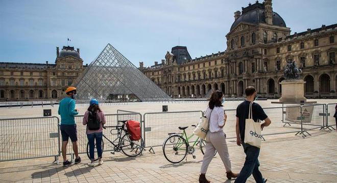 Estado de emergência na França será suspenso