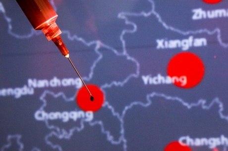 França repatriou 200 pessoas que viviam em Wuhan