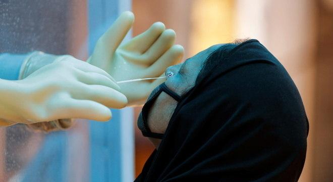 Testagem em larga escala é recomendada pela OMS para combater pandemia