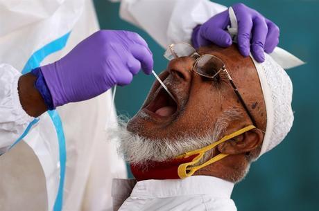 Infectados pela covid-19 em MG são 242.533 pacientes