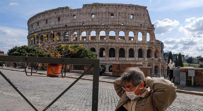 Toda a Itália é declarada 'zona vermelha' para coronavírus