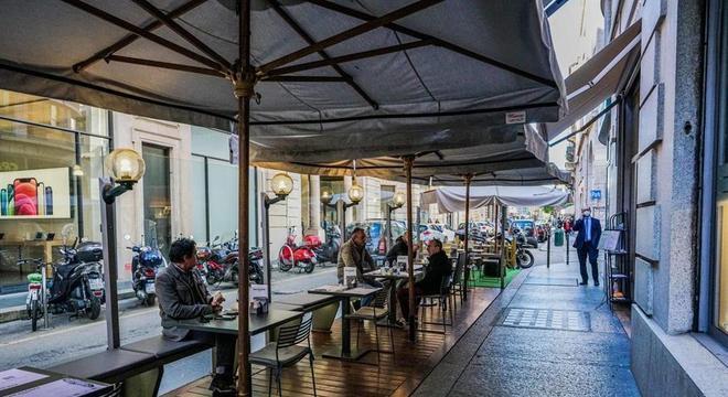 Itália ordenou fechamento de bares e restaurantes a partir das 18h