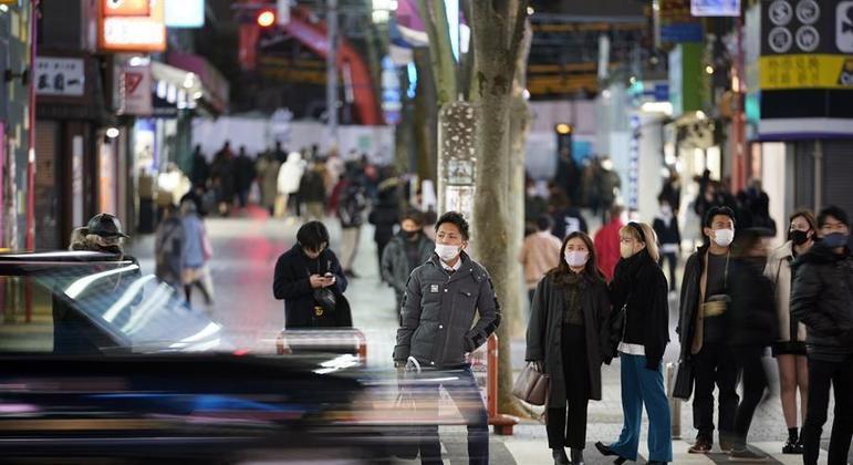 Japão já registrou 445 mil casos e 8,5 mil mortes por conta da covid-19