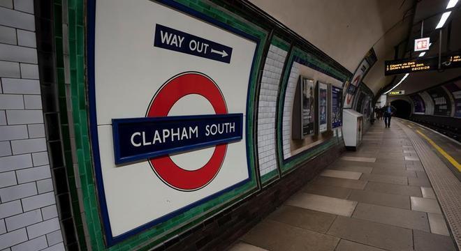 Londres: Estações de metrô fechadas e serviço reduzido para conter o coronavírus