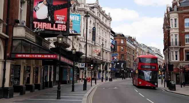 Centro de Londres continua esvaziado durante a quarentena