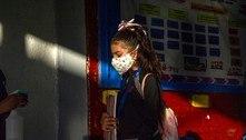 Estudantes mexicanos voltam às aulas com 'emoção e nervosismo'