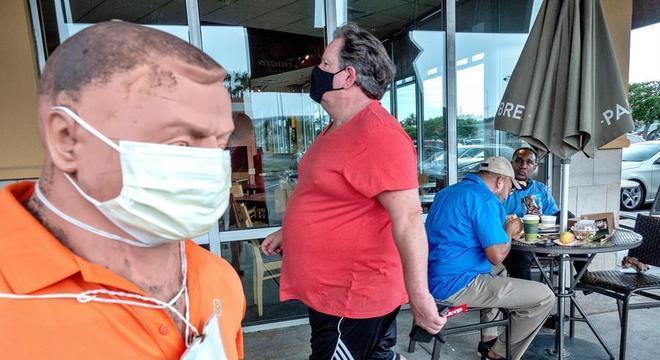 A Flórida pode se tornar novo epicentro da pandemia nos EUA