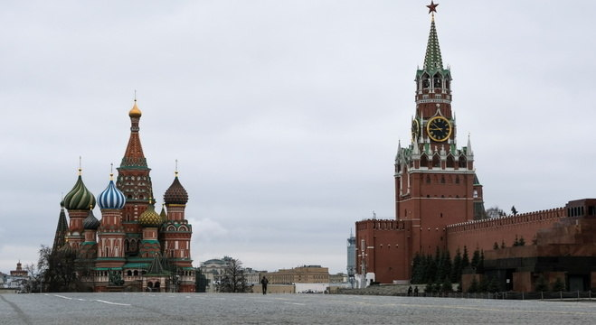 Moscou encerra isolamento nesta terça (9)