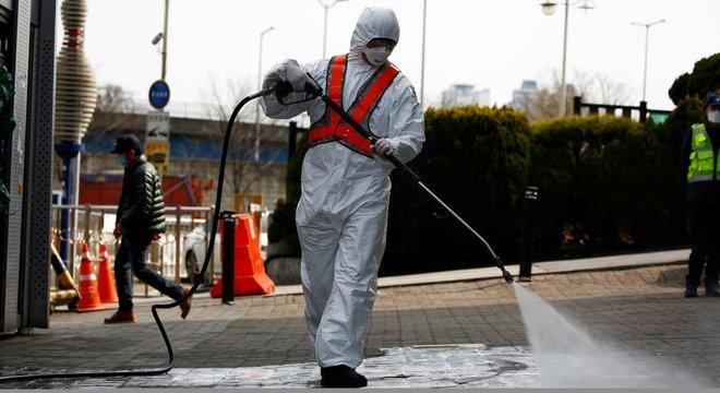 Coronavírus já infectou mais de 150 mil pessoas no mundo
