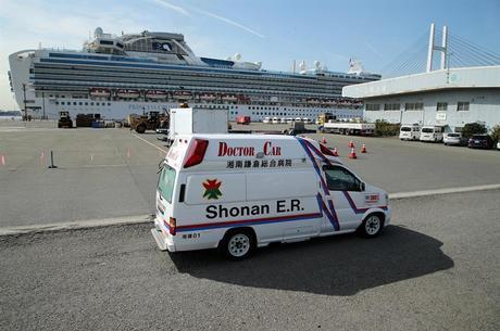 Passageiros retirados de cruzeiro morreram no Japão