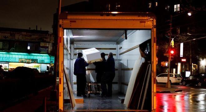 Corpos de vítimas de covid-19 estavam em caminhões sem refrigeração