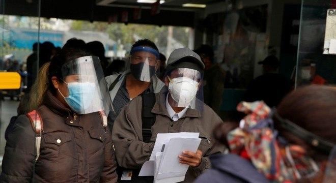 Aumento de casos no Peru fez governo retomar medidas de restrição