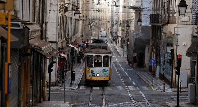 As ruas de Lisboa devem ficar ainda mais vazias a partir de segunda-feira (15)