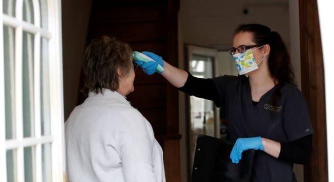 Reino Unido tem 1.221 casos de infeção pelo coronavírus em 24h