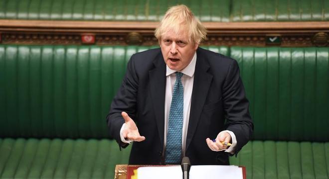 Boris Johnson anunciou, no Parlamento, verbas para combater a pandemia em asilos