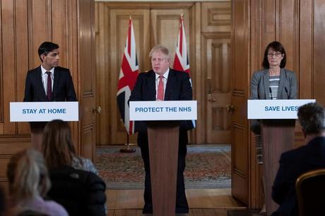 Governo britânico segue anunciando pacotes de ajuda