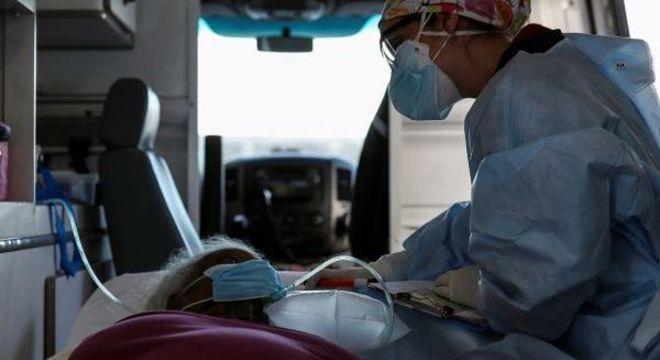Brasil é o segundo país com mais mortes no mundo pela covid-19