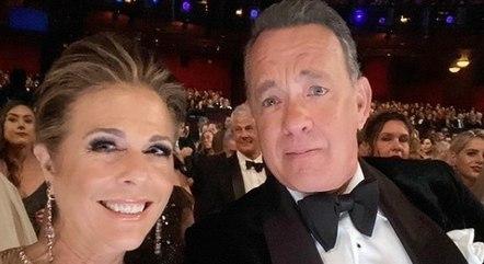 Rita Wilson e Tom Hanks foram infectados há 10 meses