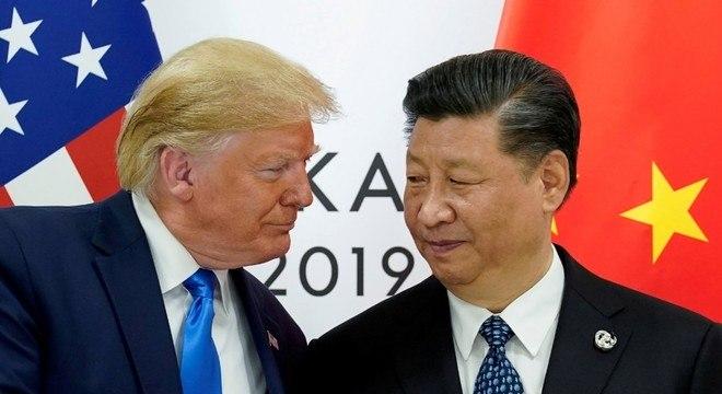 """Trump diz não querer falar com Xi Jinping, presidente da China, """"no momento"""""""