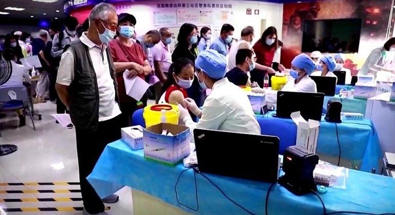 País tem aplicado milhões de doses de vacinas anticovid nos últimos dias