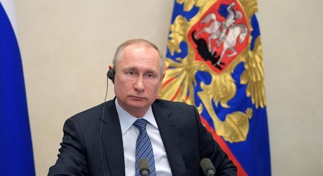 Com mudança na Constituição russa, Putin poderá buscar mais duas reeleições