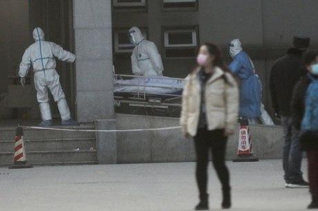 Transmissão ainda está restrita à cidade de Wuhan