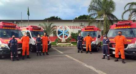 Na imagem, bombeiros da ativa do Distrito Federal