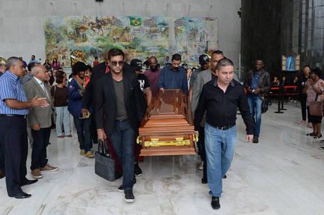 Corpo de Deise foi enterrado em Taboão da Serra