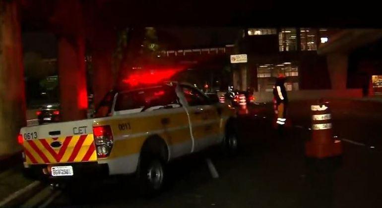 Corpo de homem de 27 anos é encontrado debaixo de ponte na Marginal Pinheiros