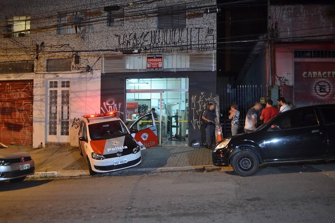 Três corpos são encontrados dentro de uma loja no Ipiranga