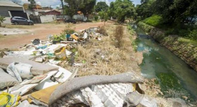 Córrego do Gambá, Dom Aquino