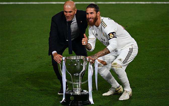 Correm por fora - Sergio Ramos (Real Madrid) - 44 jogos, 13 gols e 1 assistência - Campeonato Espanhol e Supercopa da Espanha