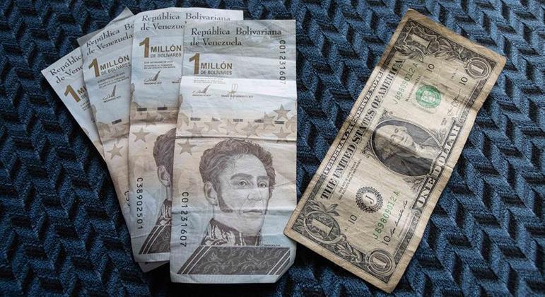 Salário mínimo de 7 milhões de bolívares na Venezuela equivale a cerca de 1,75 dólares