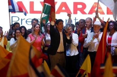 Quesada venceu as eleições com 61% dos votos