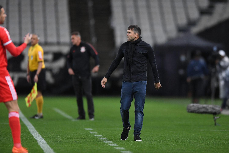 Coudet. Seu Inter parou na marcação do Corinthians. Time sem alma e coragem