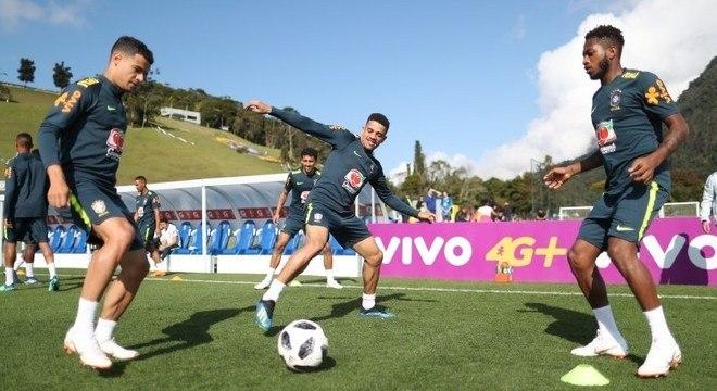 Seleção brasileira ganha figurinhas extras com todos os convocados ... 775e69072aa30