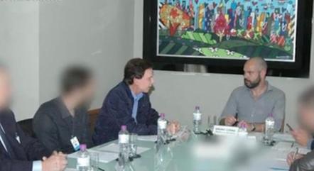 Empresário da Feirinha da Madrugada com Bruno Covas