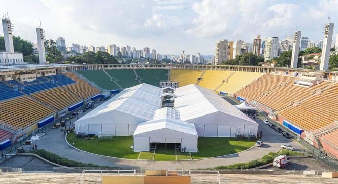 Na imagem, hospital de campanha do Pacaembu, na zona oeste de São Paulo