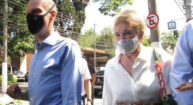Covas, na agenda com Marta, caminhou pelas ruas de bairros na zona sul da capital