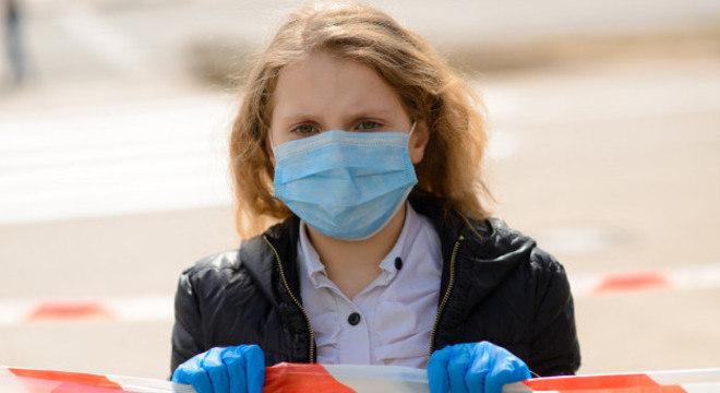 Mundo soma 56.623.643 casos da doença desde o início da pandemia