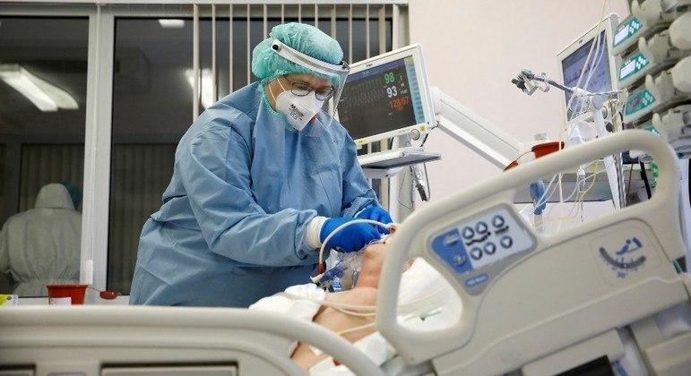 Hospital Sírio Libanês relata 23% mais casos de covid-19 em uma semana