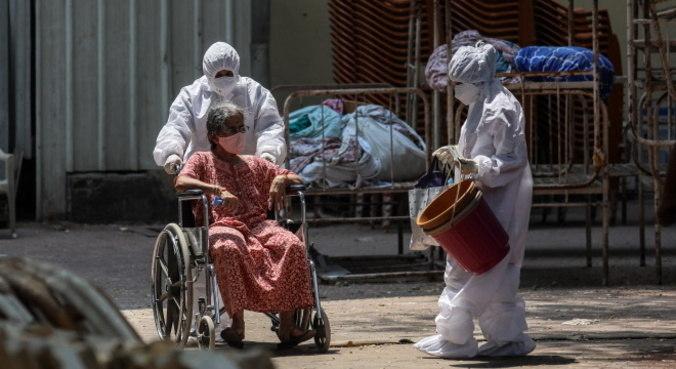 Crescimento de casos na Índia leva mundo ter recorde de novos infectados