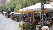Israel reabre bares e restaurantes, com privilégios para vacinados