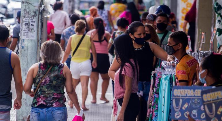Comércio de Manaus (AM) teve abertura permitida a partir desta segunda-feira