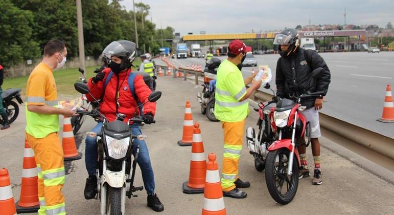 CCR Rodoanel durante o mês de março fará 13 ações com motociclistas que pilotam motos de baixa e alta cilindrada